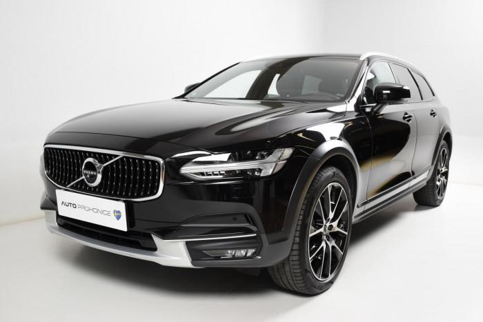 Volvo V90 CROSS COUNTRY T6 AWD PRO AUT na operativní leasing