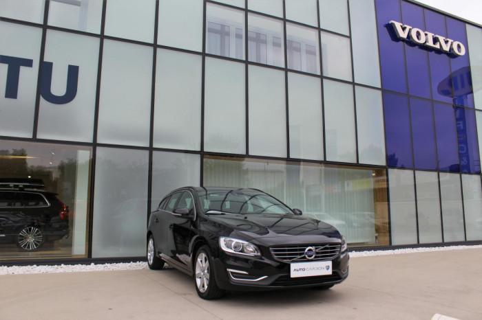 Volvo V60 D3 MOMENTUM AUT 1.maj. na operativní leasing