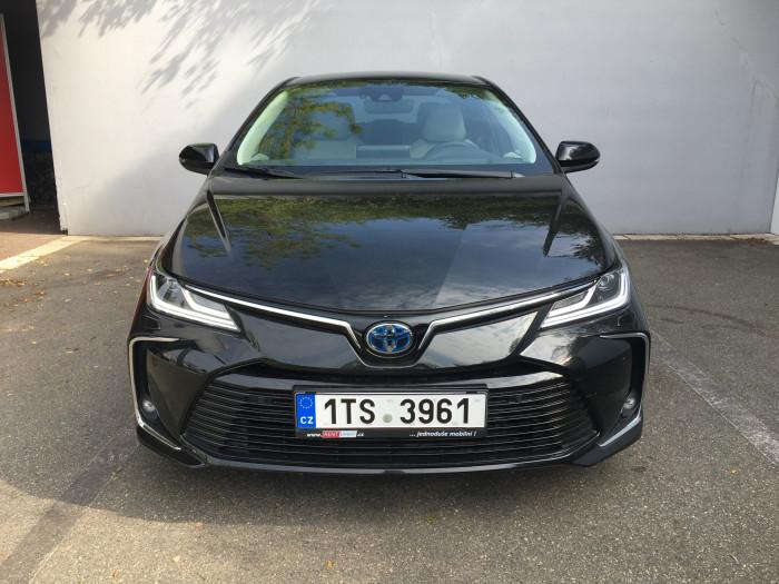 Toyota Corolla SD 1.8 Hybrid CVT Executive VIP na operativní leasing