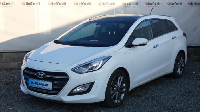 Hyundai i30 Kombi 1,6 CRDI 100kW WEEK. PRE na operativní leasing