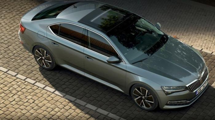 ŠKODA Superb Limousine 2.0 TSI Sportline 140 kW DSG na operativní leasing