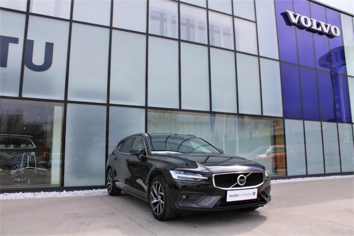 Volvo V60 T5 MOMENTUM AUT 1.maj. na operativní leasing