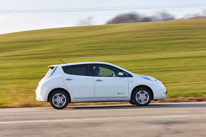 Nissan Leaf Visia+ na operativní leasing