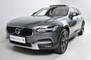 Volvo V90 CROSS COUNTRY D4 AWD REZERVACE na operativní leasing