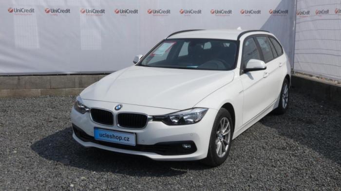 BMW Řada 3 318i touring aut na operativní leasing