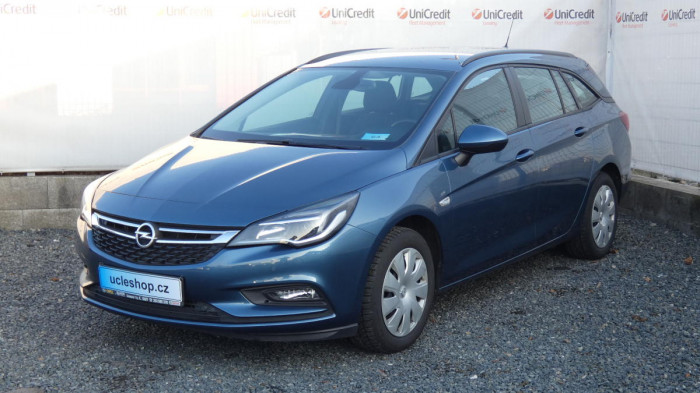 Opel Astra Combi 1,4i Fleet Edition na operativní leasing