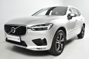 Volvo XC60 T5 AWD R-Design AUT REZERVACE na operativní leasing