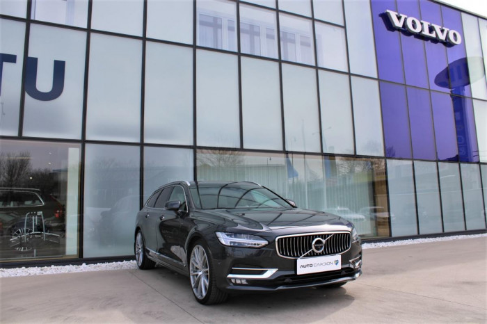 Volvo V90 D4 AWD INSCRIPTION POLESTAR na operativní leasing