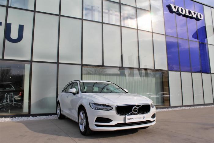Volvo V90 D3 NEZ.TOPENÍ AUT 1.maj. na operativní leasing