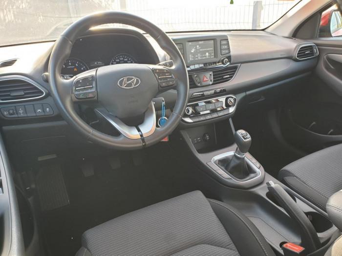 Hyundai i30 kombi 1.0 T-GDI Best of Cezch Turbo 88kW na operativní leasing