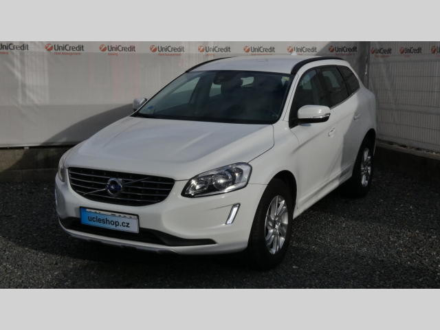Volvo XC60 D4 2.0L AWD Momentum na operativní leasing