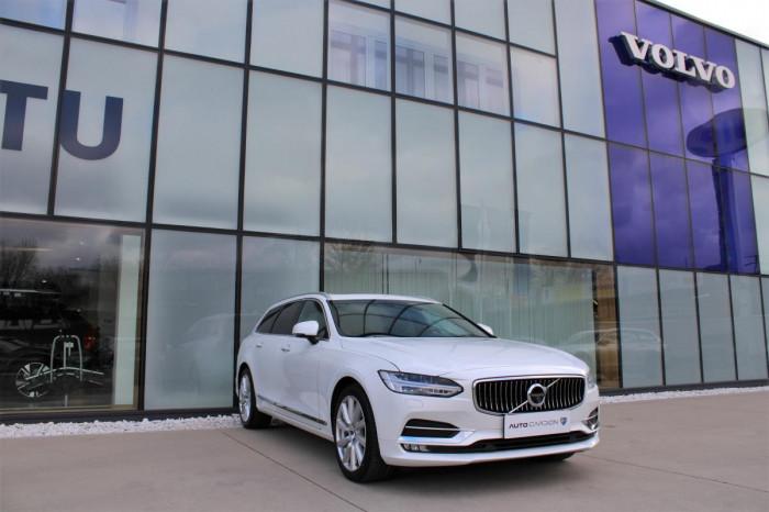 Volvo V90 T4 INSCRIPTION AUT 1.maj. na operativní leasing
