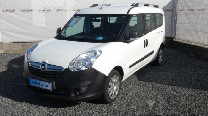 Opel Combo 1.3 CDTI Cosmo Tour VAN L2 na operativní leasing