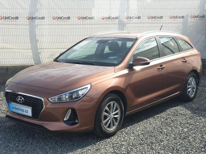 Hyundai i30 Kombi 1.0 T-GDI Trikolor na operativní leasing