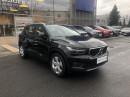 Volvo XC40 D4 AWD MOMENTUM AUT REZERVACE na operativní leasing
